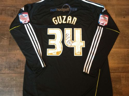 2010 2011 Hull City Guzan Match Worn Marie Curie Gk Football Shirt